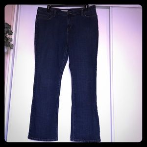 Levi's 👖 straight cut. Perfect condition. Size 20